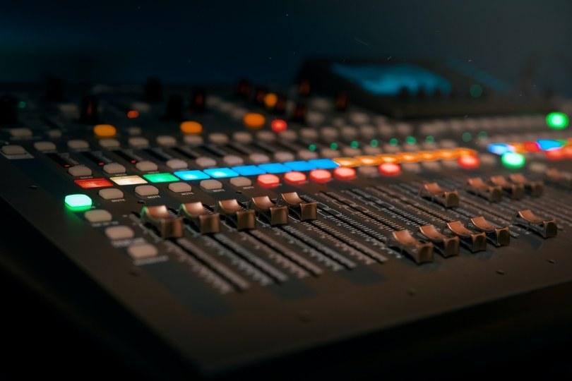 Foto bij Vacature: DJ bij wedstrijden Excelsior'31 1