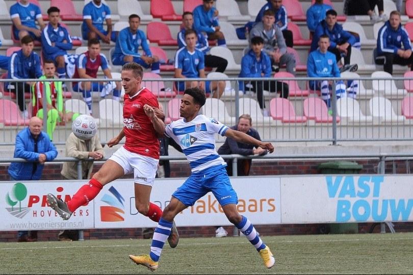 Foto bij Excelsior'31 verliest gelijkopgaand duel van Jong PEC Zwolle (1-2)
